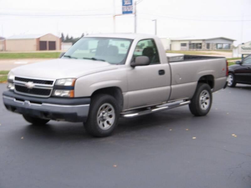 2006 Chevrolet Silverado 1500 for sale at Rochelle Motor Sales INC in Rochelle IL