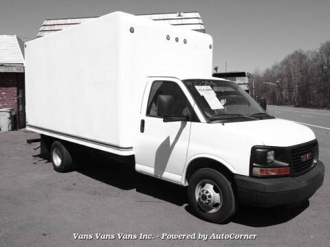 2008 GMC Savana Cutaway for sale at Vans Vans Vans INC in Blauvelt NY