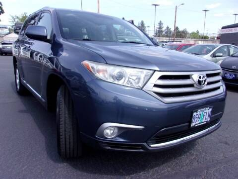 2011 Toyota Highlander for sale at Delta Auto Sales in Milwaukie OR