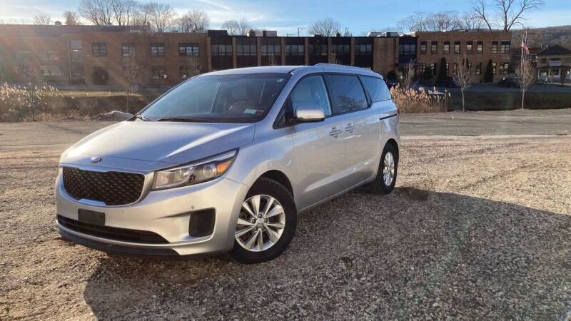 2017 Kia Sedona for sale at Deals on Wheels in Nanuet NY