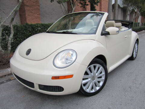 2010 Volkswagen New Beetle Convertible for sale at FLORIDACARSTOGO in West Palm Beach FL