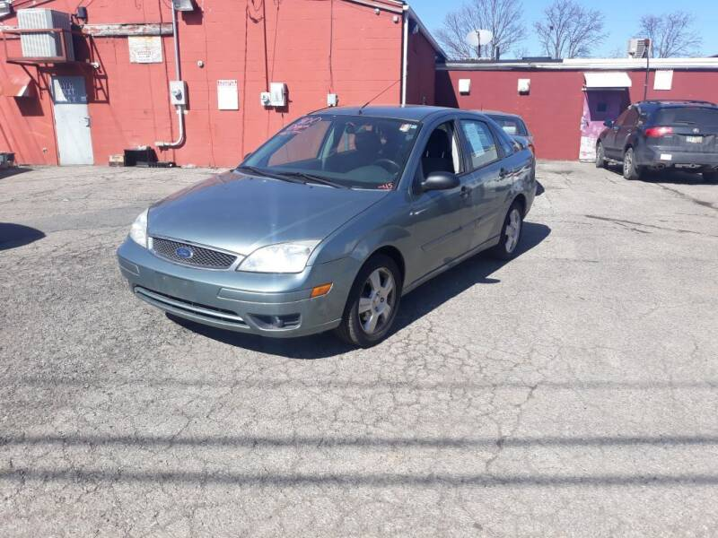 2005 Ford Focus for sale at Flag Motors in Columbus OH