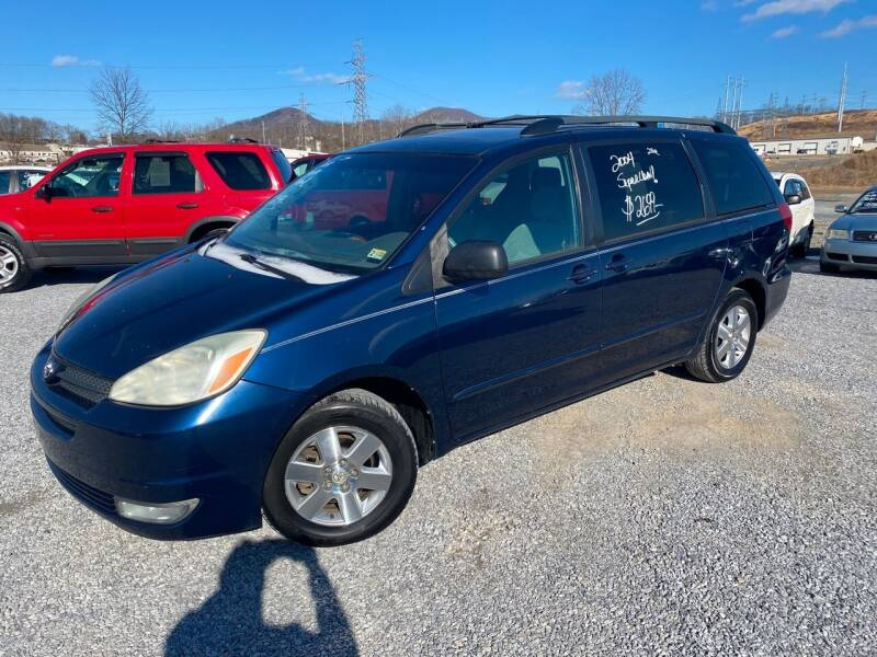 2004 Toyota Sienna for sale at Bailey's Auto Sales in Cloverdale VA