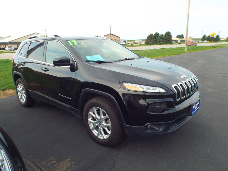 2017 Jeep Cherokee for sale at G & K Supreme in Canton SD