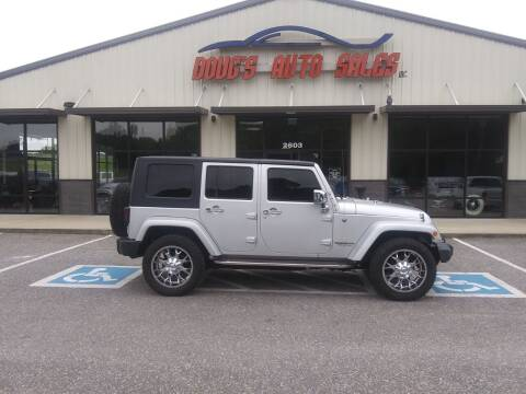 2008 Jeep Wrangler Unlimited for sale at DOUG'S AUTO SALES INC in Pleasant View TN