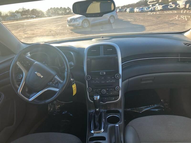 2015 Chevrolet Malibu for sale at CAR CORNER in Van Buren AR