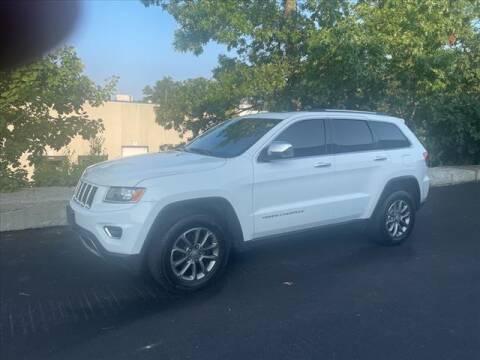 2014 Jeep Grand Cherokee for sale at CLASSIC AUTO SALES in Holliston MA
