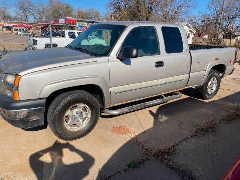 2004 Chevrolet Silverado 1500 for sale at Hall's Motor Co. LLC in Wichita KS