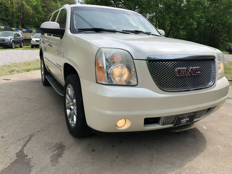 2009 GMC Yukon for sale at Day Family Auto Sales in Wooton KY