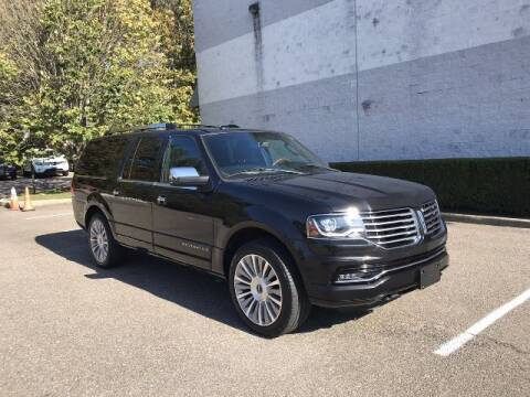 2015 Lincoln Navigator L for sale at Select Auto in Smithtown NY