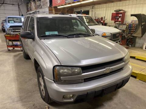 2004 Chevrolet TrailBlazer for sale at B & B Auto Sales in Brookings SD