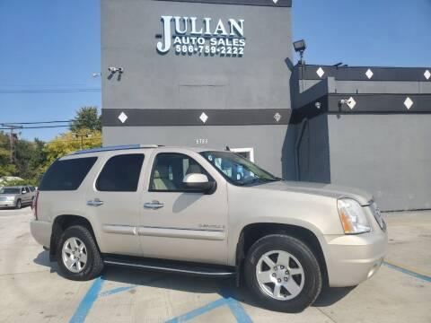 2007 GMC Yukon for sale at Julian Auto Sales, Inc. in Warren MI