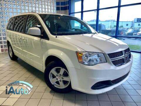 2013 Dodge Grand Caravan for sale at iAuto in Cincinnati OH