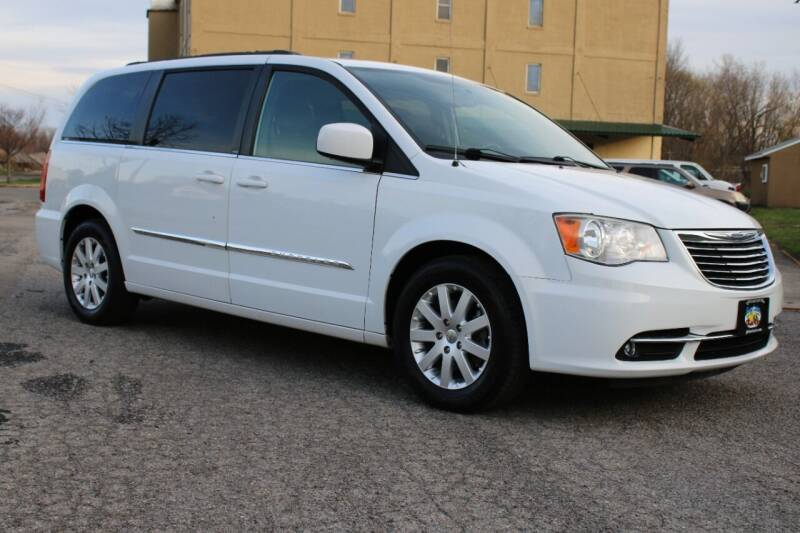 2014 Chrysler Town and Country for sale at Great Lakes Classic Cars & Detail Shop in Hilton NY