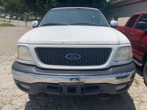 2001 Ford F-150 for sale at ALVAREZ AUTO SALES in Des Moines IA