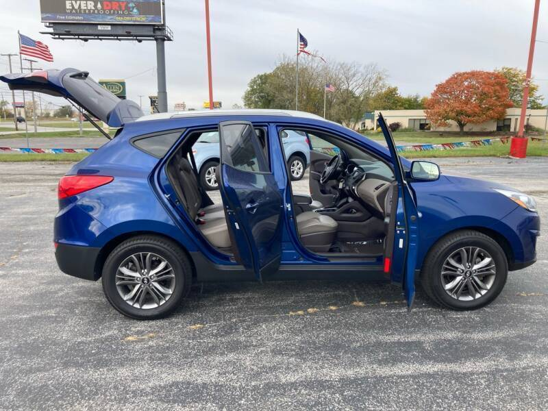 2015 Hyundai Tucson AWD Limited 4dr SUV - Merrillville IN