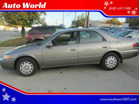 1998 Toyota Camry for sale at Auto World in Carbondale IL