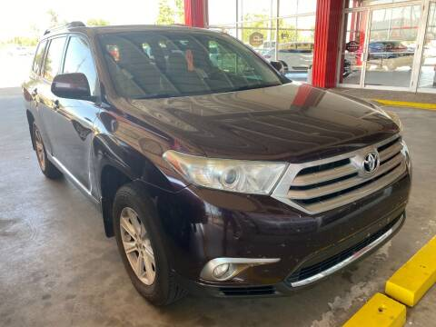2012 Toyota Highlander for sale at Auto Solutions in Warr Acres OK