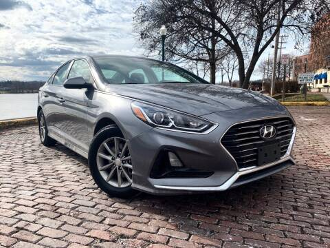 2018 Hyundai Sonata for sale at PUTNAM AUTO SALES INC in Marietta OH