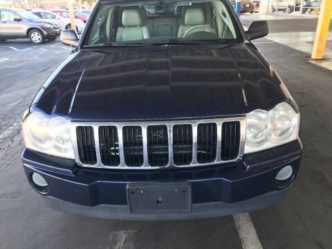 2006 Jeep Grand Cherokee for sale at Auto Outlet Sac LLC in Sacramento CA