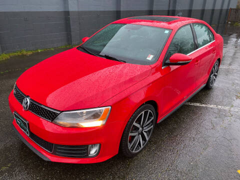 2013 Volkswagen Jetta for sale at APX Auto Brokers in Lynnwood WA