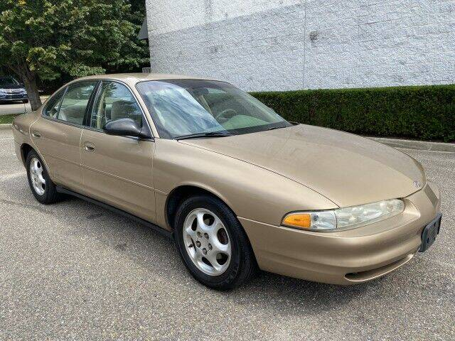 1998 Oldsmobile Intrigue for sale at Select Auto in Smithtown NY
