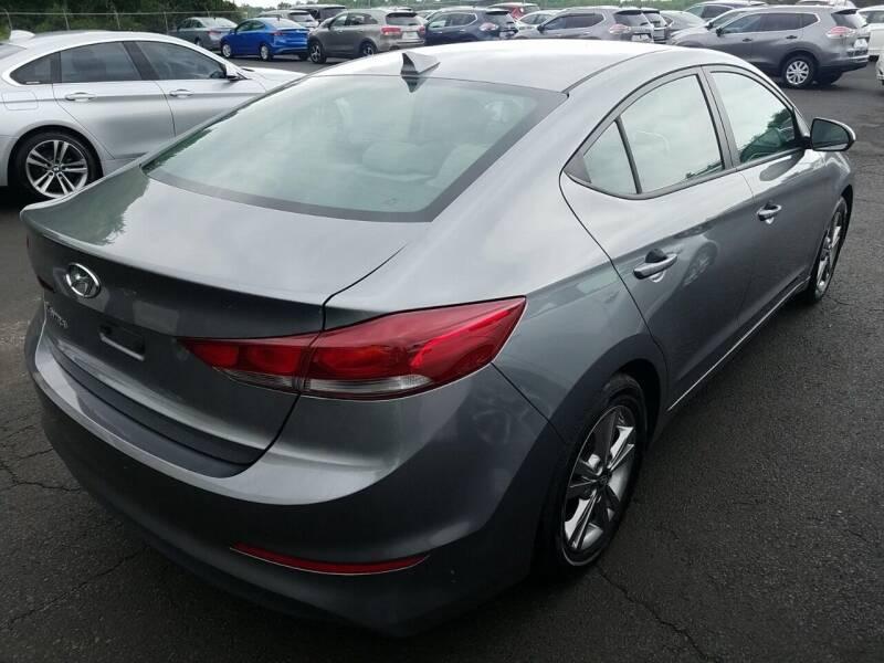 2017 Hyundai Elantra SE 4dr Sedan PZEV - Newark NJ