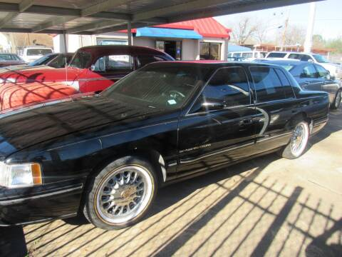 1999 Cadillac DeVille for sale at FORD'S AUTO SALES in Houston TX