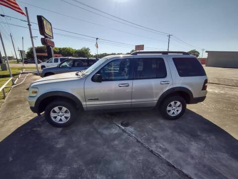 2007 Ford Explorer for sale at BIG 7 USED CARS INC in League City TX