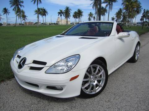 2005 Mercedes-Benz SLK for sale at FLORIDACARSTOGO in West Palm Beach FL