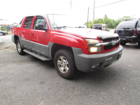 2002 Chevrolet Avalanche for sale at Auto Outlet Of Vineland in Vineland NJ