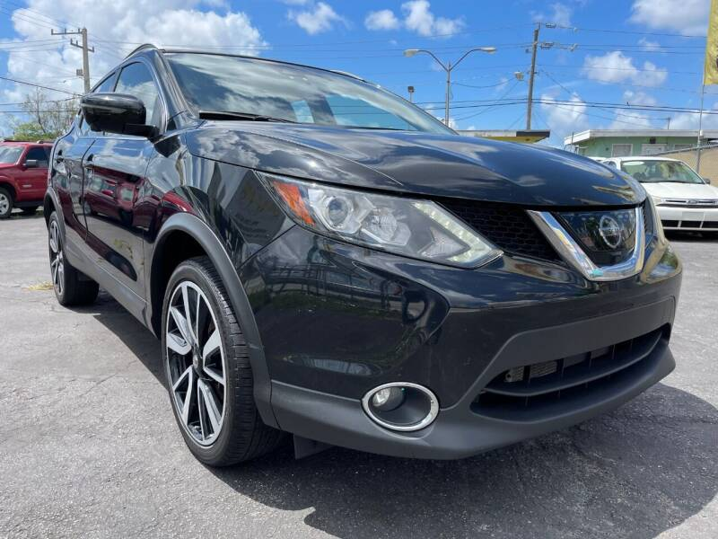 2017 Nissan Rogue Sport for sale at MIAMI AUTO LIQUIDATORS in Miami FL