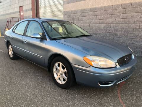 2006 Ford Taurus for sale at Autos Under 5000 + JR Transporting in Island Park NY