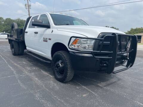 2018 RAM Ram Chassis 3500 for sale at Thornhill Motor Company in Hudson Oaks, TX