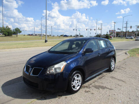 2009 Pontiac Vibe for sale at BUZZZ MOTORS in Moore OK