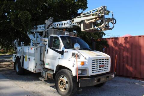 2005 GMC C8500 for sale at Truck and Van Outlet - All Inventory in Hollywood FL
