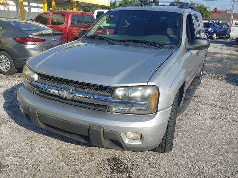 2004 Chevrolet TrailBlazer EXT for sale at Autos by Tom in Largo FL
