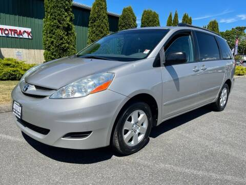2008 Toyota Sienna for sale at AUTOTRACK INC in Mount Vernon WA