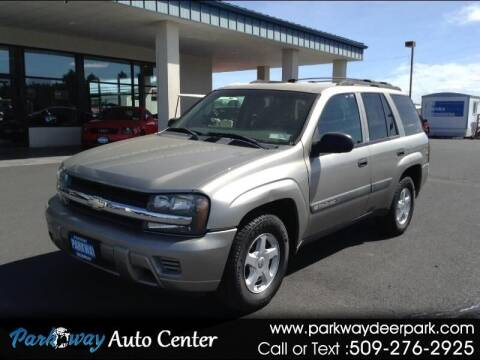 2003 Chevrolet TrailBlazer for sale at PARKWAY AUTO CENTER AND RV in Deer Park WA