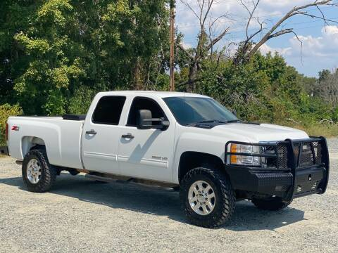 2013 Chevrolet Silverado 2500HD for sale at Charlie's Used Cars in Thomasville NC