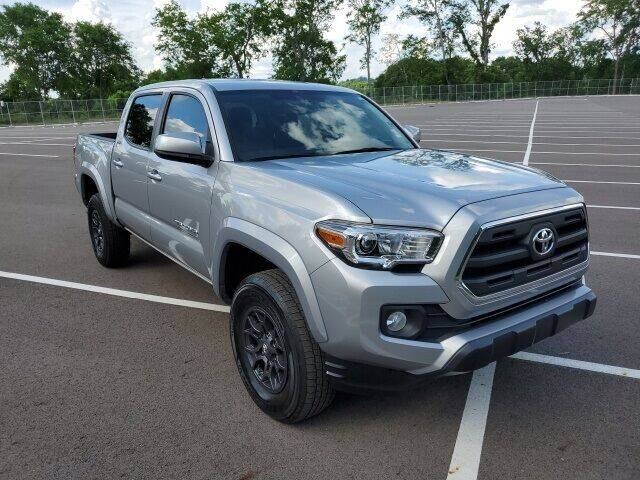 2017 Toyota Tacoma for sale at CON ALVARO ¡TODOS CALIFICAN!™ in Columbia TN
