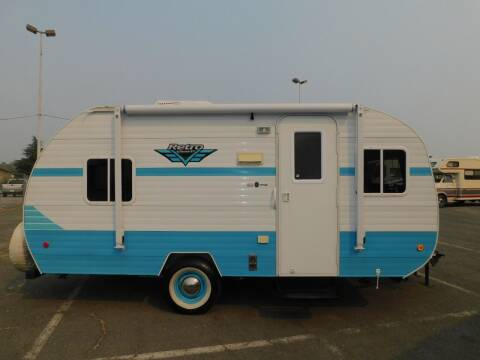 2017 Riverside RV WHITEWATER RETRO for sale at Gold Country RV in Auburn CA