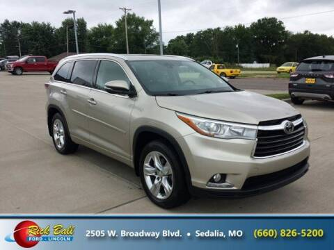 2015 Toyota Highlander for sale at RICK BALL FORD in Sedalia MO
