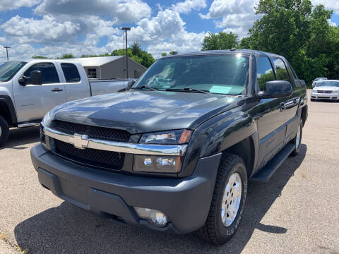 2004 Chevrolet Avalanche for sale at Blake Hollenbeck Auto Sales in Greenville MI