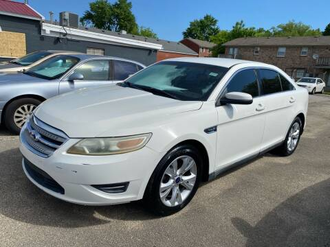 2011 Ford Taurus for sale at 4th Street Auto in Louisville KY