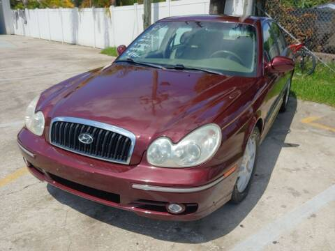 2004 Hyundai Sonata for sale at Autos by Tom in Largo FL