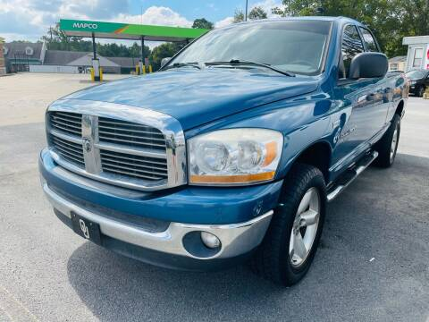 2006 Dodge Ram Pickup 1500 for sale at BRYANT AUTO SALES in Bryant AR