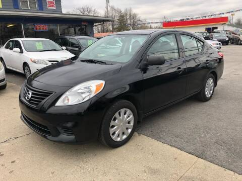 2014 Nissan Versa for sale at Wise Investments Auto Sales in Sellersburg IN