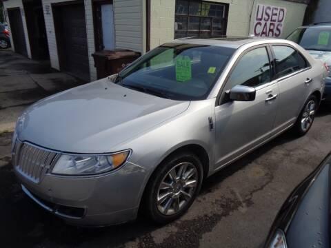 2010 Lincoln MKZ for sale at Aspen Auto Sales in Wayne MI