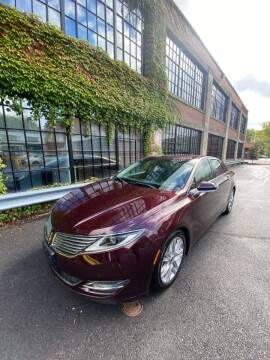 2013 Lincoln MKZ for sale at Apple Auto Sales Inc in Camillus NY
